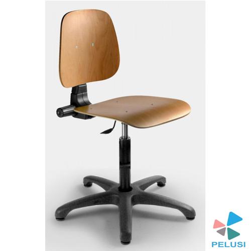 sedia-legno-laboratorio-pelusi
